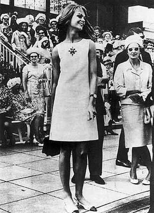Jean Shrimpton at the Melbourne Cup
